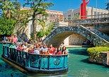 Paseo por el río San Antonio y Torre de las Américas. San Antonio, TX, ESTADOS UNIDOS
