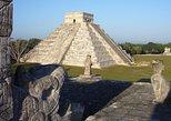 Chichén Itzá Wonder of the World. Merida, Mexico