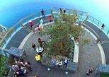 Excursão em 4x4 com teto aberto pelos incríveis penhascos e vales de Skywalk. Funchal, PORTUGAL