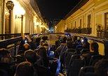 Excursão noturna turística por Quito em ônibus de dois andares. Quito, Equador