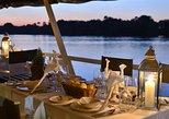 Zambezi River Dinner Cruise. Cataratas Victoria, Zimbabwe