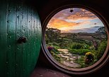 Lord of the Rings, Rotorua Geyser Tour, Tauranga Port Pickup. Tauranga, New Zealand