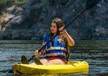 Kayak por el río.,