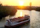 Crucero a primera hora de la noche de 1 hora por el río Ouse desde York. York, INGLATERRA