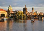 Transfer Berlin-Prague or Prague-Berlin, with optional 2 hours visit to Dresden, Praga, REPUBLICA CHECA