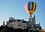 Paseo en globo aerostático al amanecer, sobre Segovia o Toledo. Segovia, ESPAÑA
