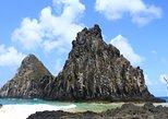 Recorrido de día completo para un grupo pequeño en todoterreno 4x4, para descubrir un grupo de islas. Fernando de Noronha, BRASIL
