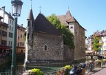 Full-Day Pérouges and Annecy Tour from Lyon. Lyon, FRANCE