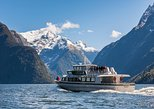 Milford Sound Fly, Cruise and Helicopter Tour from Queenstown. Queenstown, New Zealand