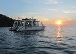 Crucero en catamarán desde Manuel Antonio con buceo de superficie o atardecer. Quepos, COSTA RICA