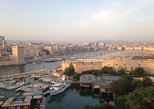 Excursão a pé guiada pelo centro histórico de Marselha para grupos pequenos. Marsella, França