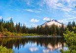 Monte Hood, Cataratas de Multnomah, y Hood River desde Portland. Portland, OR, ESTADOS UNIDOS