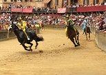 Carrera de Caballos en Siena: Historia y tradición del Palio. Siena, ITALIA