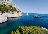 Calanques National Park Coastal Cruise Including Lunch. Marsella, FRANCE