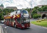 Excursão em ônibus panorâmico de ônibus grande por Budapeste. Budapest, HUNGRIA