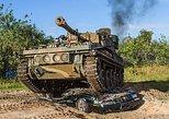 Military Tank Driving at Tank America, Cocoa Beach, FL, ESTADOS UNIDOS