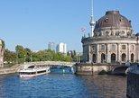 Crucero turístico de 3 horas por Berlín con almuerzo y una bebida. Berlin, ALEMANIA