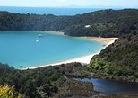 Full-Day Abel Tasman National Park Hiking Tour with Cruise. Nelson, New Zealand