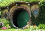 Hobbiton Movie Sets Shore Tour: Lord of the Rings, the Hobbit. Tauranga, New Zealand