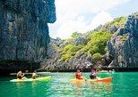 Blue Stars Kayaking Adventure in Angthong Marine Park. Surat Thani, Thailand