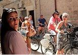 Excursão de bicicleta gastronômica pela Bari Street. Bari, Itália