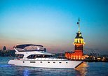 Bosphorus Sunset Cruise on Luxury Yacht. Estambul, Turkey
