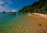 Excursão com escuna até as ilhas de Paraty. Paraty, BRASIL