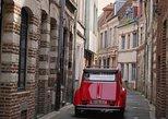 Excursión por Lille en un coche clásico con conductor privado y champán.. Lille, FRANCIA