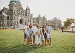 30 Minute Private Vacation Photography Session with Local Photographer in Victoria, Victoria, CANADA