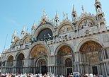 Excursão de dia inteiro em Veneza, saindo do Lago Garda. Brescia, Itália