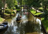 Giethoorn Private Tour Private Guide Giethoorn Holland Private Guide. Leeuwarden, HOLLAND
