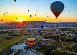Vuelo en globo al amanecer en Cappadocia. Goreme, TURQUIA