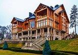 Privado de la Residencia Mezhyhirya desde Kiev. Kiev, UCRANIA