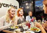 London Thames River Dinner Cruise with Cabaret Singer,