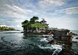 Tanah Lot Temple and Uluwatu Temple Tour with Shopping. Surabaya, Indonesia
