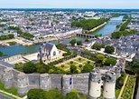 Private Transfer from Bayeux to Angers - Up to 7 people, Bayeux, FRANCIA