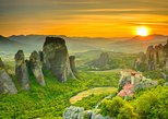 Athens to Delphi and Meteora 2-Day Trip. Atenas, Greece