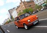 Recorrido con coche propio: principales atracciones del centro de Varsovia en un Fiat retro