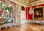 Versailles Palace Skip The Line Access Half Day Private & Tailored Guided Tour. Versalles, FRANCE