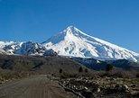 Cruce a Pucón y Volcán Villarica desde San Martín de Los Andes,