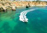 Recorridos en barco Seadventure a las cuevas, como la cueva de Benagil. Portimao, PORTUGAL