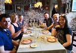 Private and exclusive wine tour in the beautiful hills of Lucca. Wine tasting., Lucca, Itália