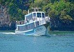 De Koh Phi Phi para a Praia de Railay com a balsa Ao Nang Princess. Ko Phi Phi Don, Tailândia