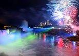 Crucero de 40 minutos por las cataratas del Niágara con fuegos artificiales: Hornblower Niagara Cruises Canada. Cataratas del Niagara, CANADA