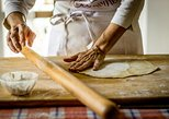 Private Pasta & Tiramisu Class at a Cesarina's home with tasting in Ravenna, Ravenna, Itália