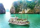 Cruzeiro impressionante de Halong 1 dia com caiaque, natação e montanhas panorâmicas. Halong Bay, VIETNAME