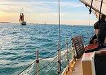 Crucero a vela en el oeste de Estados Unidos con equipo de kayak y snorkel. Cayo Hueso, FL, ESTADOS UNIDOS