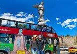 Recorrido en autobús abierto en autobús con paradas libres en la ciudad de Quito,