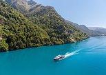 Crucero en catamarán por el lago Wakatipu desde Queenstown. Queenstown, NUEVA ZELANDIA