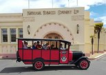Vintage Bus Tour of Art Deco Napier. Napier, New Zealand
